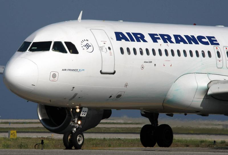 Flotte a rienne voici pourquoi air france se s pare de for Interieur 747 air france
